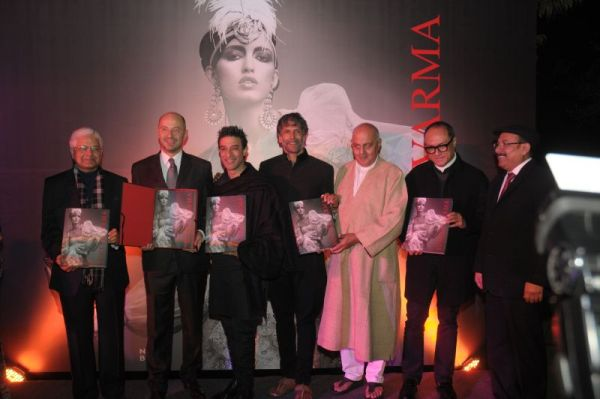 Launch_of_veteran_designer_Suneet_Varma_s_first_book
